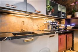 eternal marquina kitchen